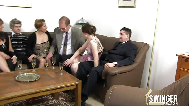 Skinny poussin video erotique en streaming nu cam solo