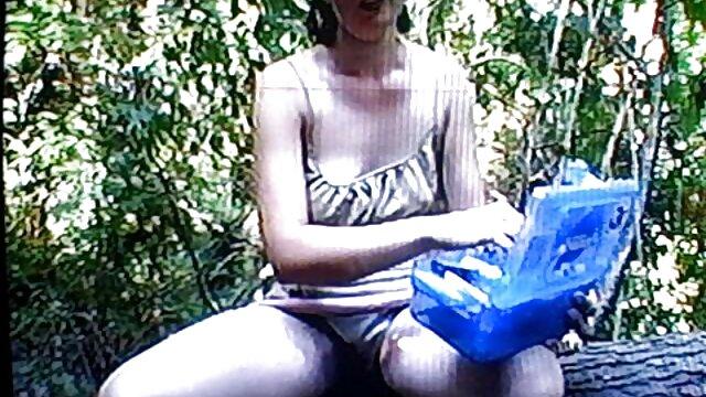 Femme en bas baisé film porno francais amateur un mec au bureau