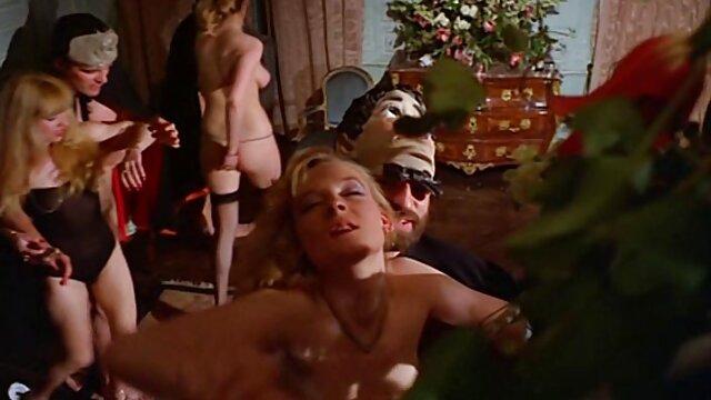 Horny Anna a fait une pipe en videos gratuites sexe POV