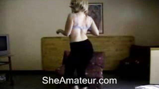 Un mulâtre mécanique aux gros seins suce video film pornographique un mec