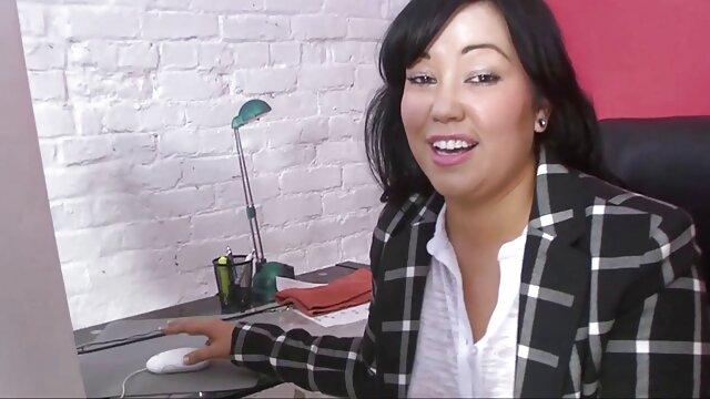 Sexe lesbien videos jacquie et michel gratuites avec petite amie enceinte