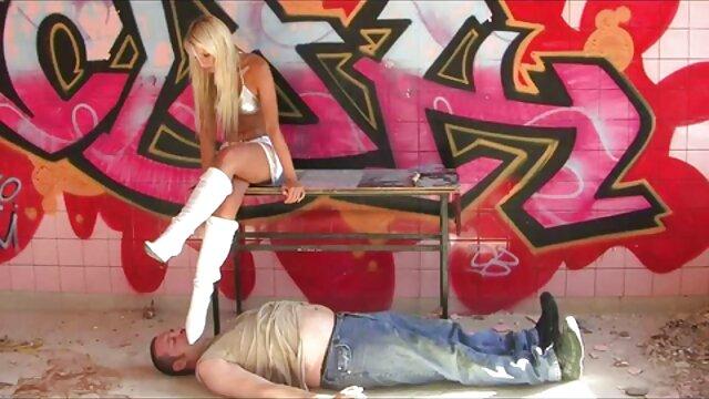 Guy ligoté video gay gratuit deux filles et les domine