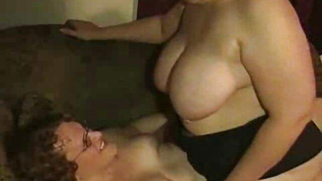 Blonde vidéos xxx africaine salope se fait baiser dans un porno privé dans le cul