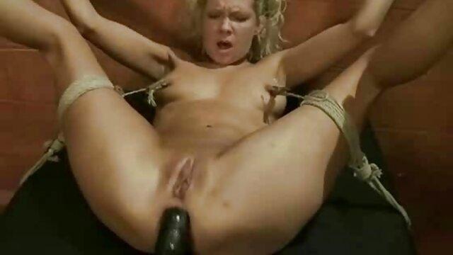 Une xnxx gratuit vidéos porno xxnx et film xxx vieille femme avec un manda gris baise avec un jeune homme