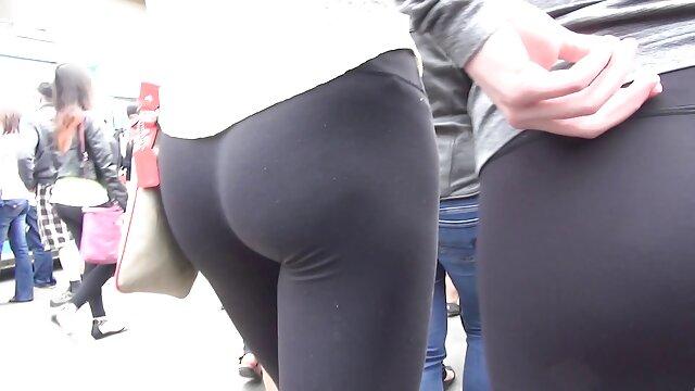 Le laly vallade video porno mec a accepté de baiser une brune devant la caméra