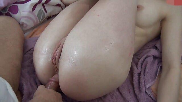 Les copines adorent video porno 974 l'odeur et le goût des jambes qui se lèchent