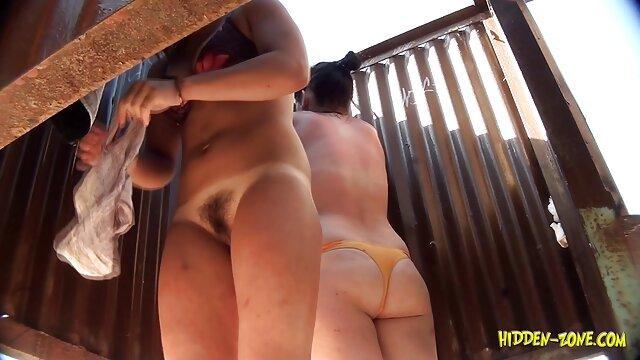 Un couple inquiet video porno jessyca wilson a filmé leur sexe dans la voiture